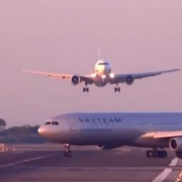 Barcelona 'near miss' video: Planes appear to avoid collision rated a 5