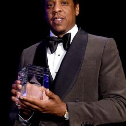 Jay-Z displaces Diddy atop 'Forbes' list of richest hip-hop stars rated a 5
